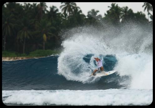 Jamie O'Brien Surfing